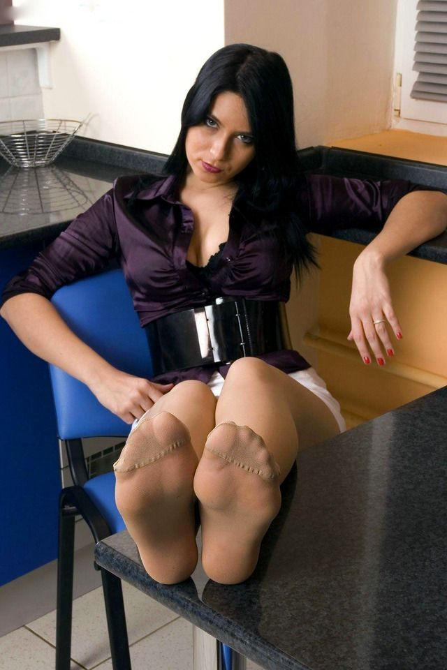 The pantyhose feet boss