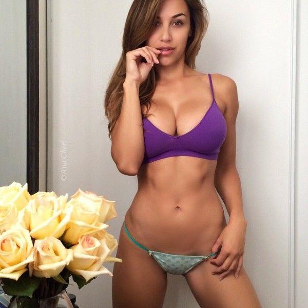 The Hottest Chick On Instagram (Photo Gallery)