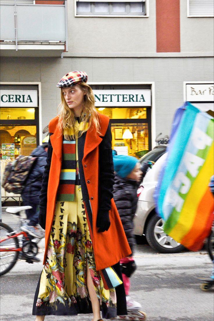Sfilata I'm Isola Marras Milano - Pre-Collezioni Autunno-Inverno 2016-17 - Vogue