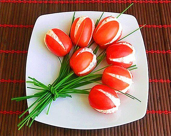 Appetizer 'Tulips Tomato'