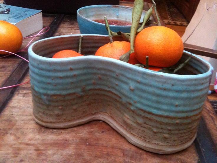 kidney shaped fruit bowl - rustic