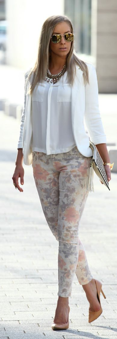 Pastel Floral Pant and Pop White - Spring Outfits