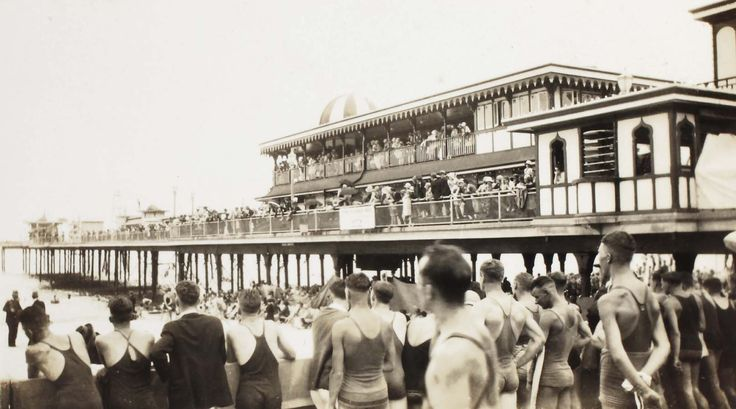 Swimming at Coogee Pier. Courtesy of the Randwick District Historical Society and Randwick City Library