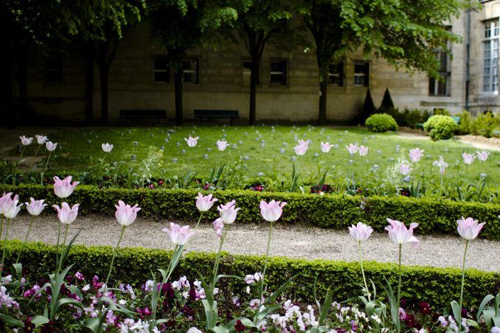 HiP Paris Blog, Making Magique, Dating in Paris -Gardens in Paris