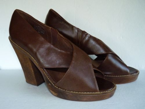 Jeffrey Campbell Shoes Havana Last Peep Toe Platform