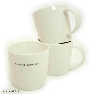 "Kopp Hvit ""A cup of survival"""