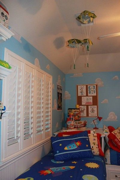Best 25 Disney Playroom Ideas On Pinterest Little