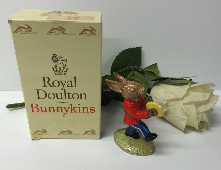 BEAUTIFUL BOXED  CYMBAL  BUNNYKINS BY ROYAL DOULTON 1983 EDITION DB25