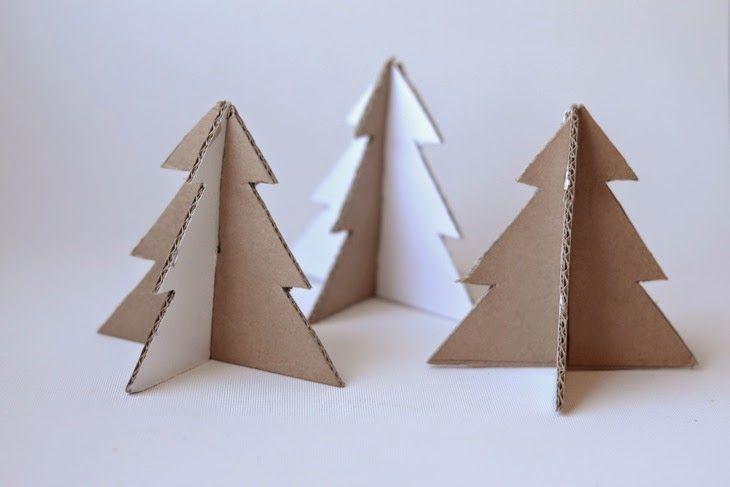 Pinos de carton reciclado para decorar