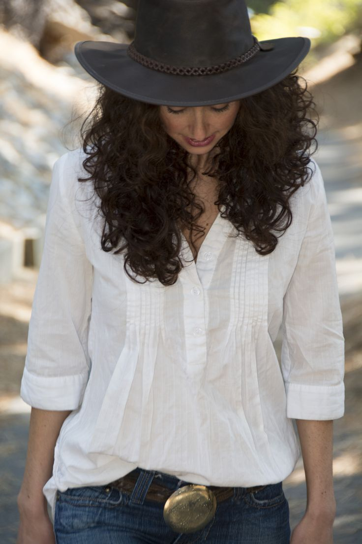 Adventurous and flirty, this hat is perfect for bringing out the American Outback in you.