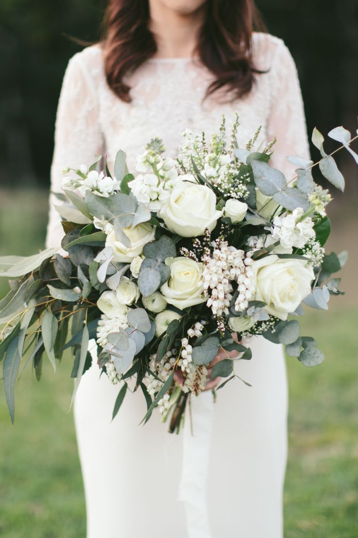 Stunning White Bridal Bouquet // Photography - White Images