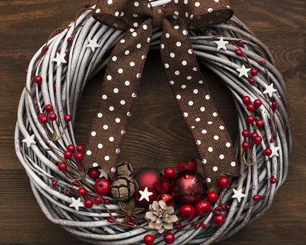 creative winter wreaths ideas diy christmas decoration ideas branches ornaments