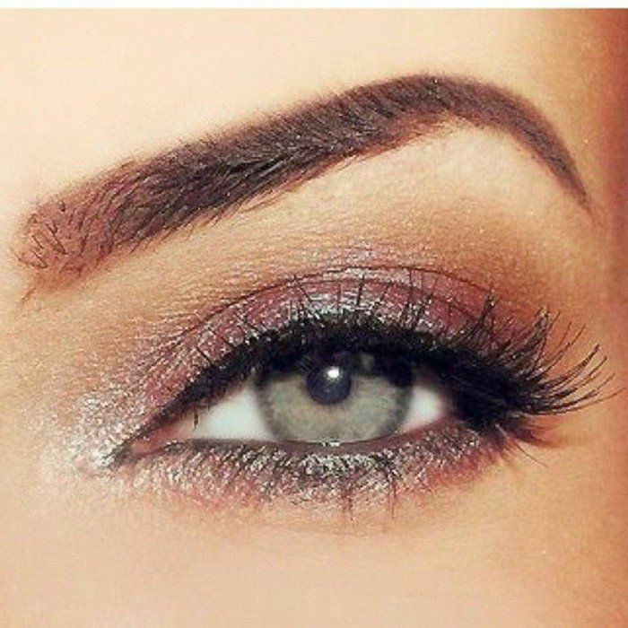 comment-choisir-maquillage-yeux-verts-apprendre-a-se-maquiller-les-yeux-berts