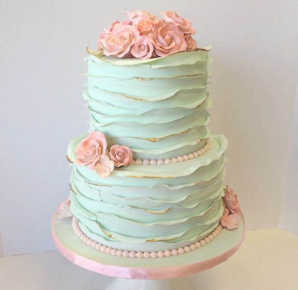 Best 25+ Ruffled wedding cakes ideas on Pinterest ...