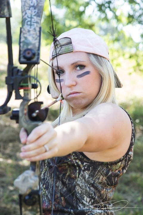 Camo Senior Pictures Bow and arrow photoshoot like my page to see more! www.facebook.com/dmvphoto