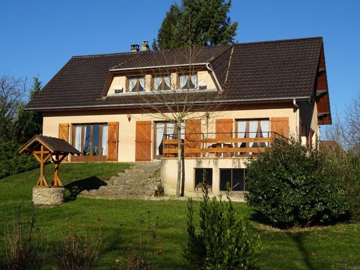 House for sale in FAVERGES DE LA TOUR - Isere - Traditional house on the heights of La Tour La Pin: 4 bedrooms, swimming pool, quiet, excellent transport links France REF: 71355PPA38   [13311]