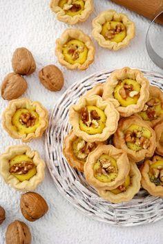 Tartelettes à la crème de parmesan et noix - Cestini di brisée crema di parmigiano e noci