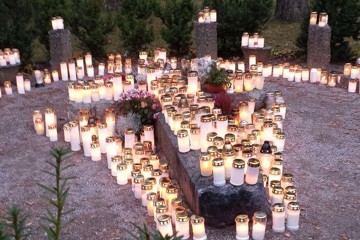 Memorial candles, Western Cemetery in Lahti Finland, All Saints' Day 31st October 2015, muistokynttilöitä Lahden Läntisellä hautausmaalla pyhäinpäivänä 2015 (photo Arja Keskitalo)
