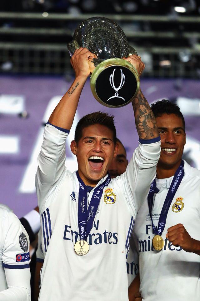 Congratulation with James Rodriguez UEFA Super Cup 2016