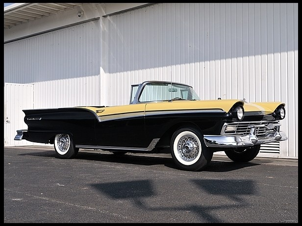 S68 1957 Ford Fairlane Skyliner 312/245 HP Continental Kit & 170 best 1957 Ford cars images on Pinterest | Ford fairlane ... markmcfarlin.com
