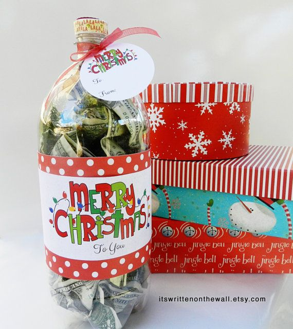 Christmas Cash, Kringle Cash, Money for Christmas, Soda Bottle Label, Christmas Money     Christmas Cash Gift Idea-Soda Bottle full of cash: Fill a 2 liter Soda Bottle with a gift, whether its cash, candy or something else and add our label and gift tag and youve got something special, definitely something that will be remembered long after the gift is gone. (the sample is filled with cash) This listing is for digital files that include the following:   WHATS INCLUDED IN THIS DIGITAL FILE…