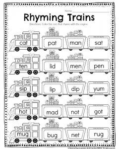 Kindergarten Rhyming worksheet - Rhyming trains. Color the cars that rhyme with the engine. #kindergarten #worksheets
