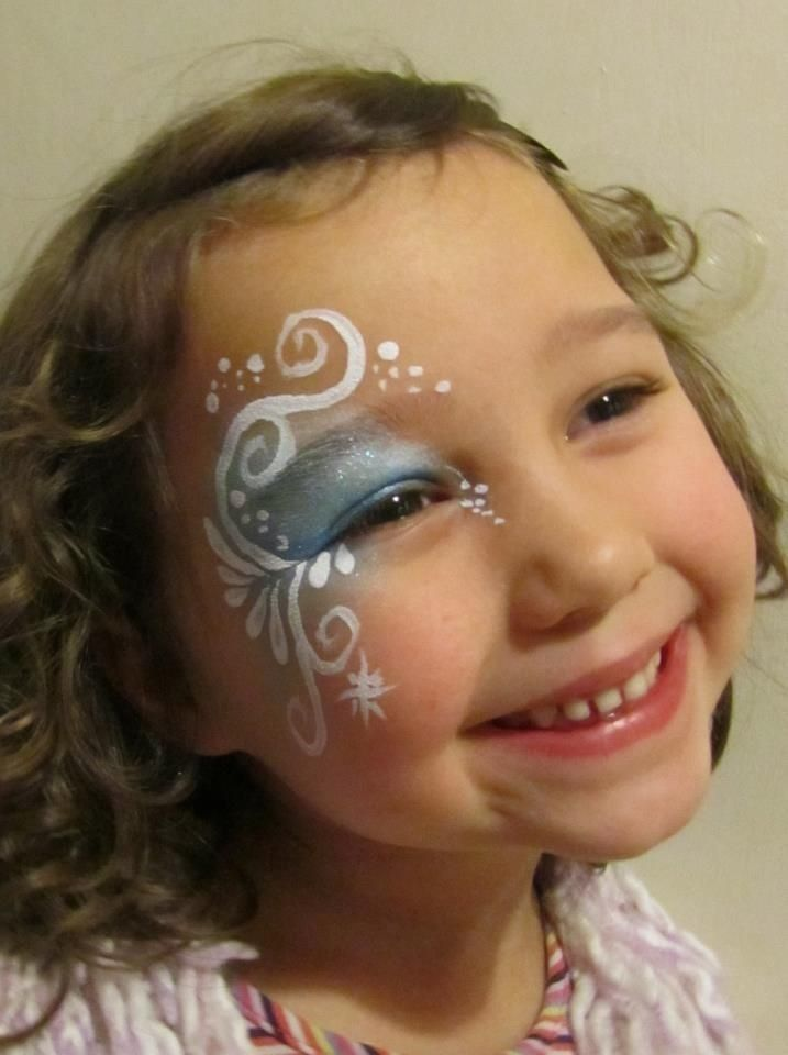 Little girl Halloween Frozen face paint designs 2014 - Elsa  #2014 #Halloween