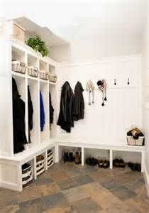 Mudroom ideas | Home organization