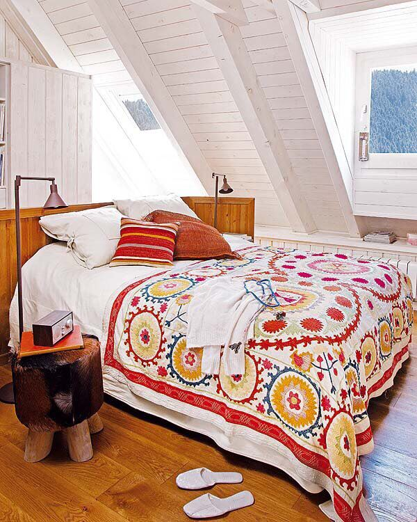 Pyrenees dream house--bedroom.