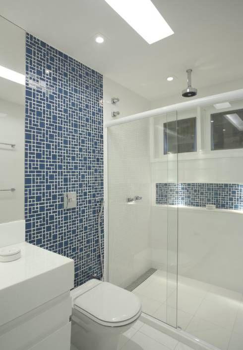 Casa Jardim Ubá VM: Banheiros Moderno por Amanda Miranda Arquitetura