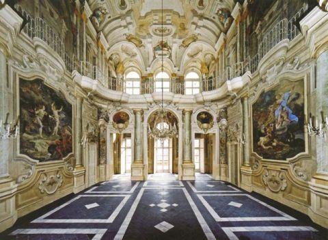 Salone Savoia - Stupinigi Palace - Torino (Turin) Italy - Baroque architecture - 1729-33, architect Filippo Juvarra