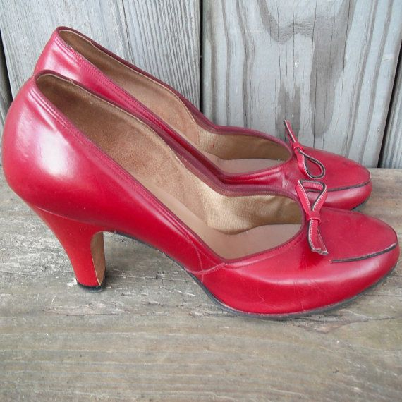 Vintage 1940s Shoes Red High Heels by by EmbellishedAssets on Etsy, $45.00