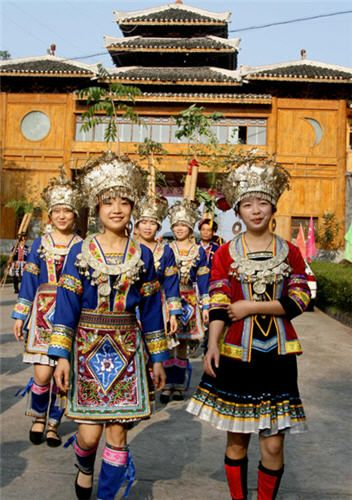 the history of the hmong people in hebei province The reason for doing so is, these minority tribes residing in china  of present  provinces of hebei and liaoning) by the military coalition of  it is rare to find  blond hmong people in china as they inter mixed with han chinese.