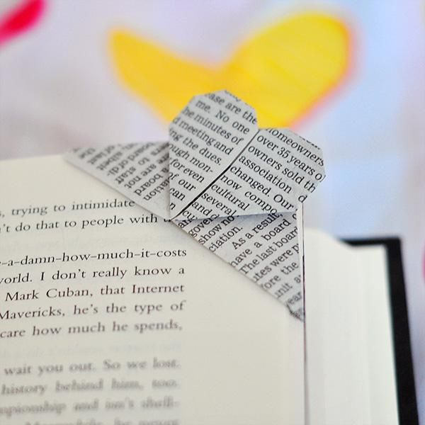 DIY  Book Page Corner Heart Origami Bookmark