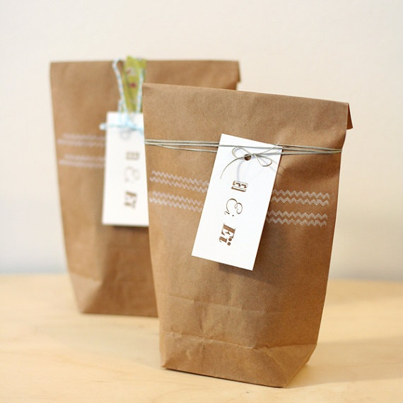 B & Ei #packaging #gift #wrapping #presents #paper #bag #diy