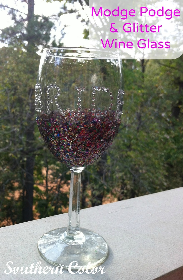 modge podge glitter wine glass crafts i really wanna try
