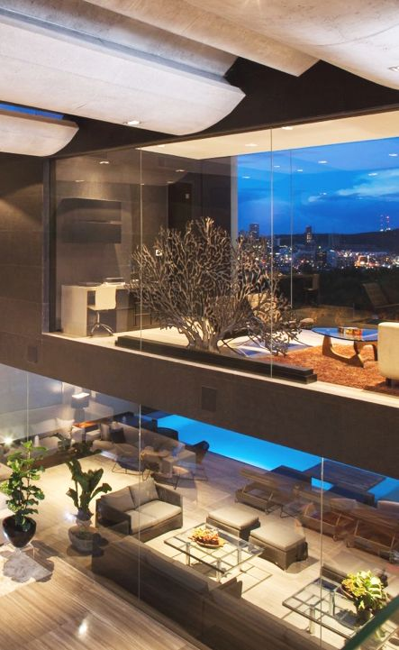 life1nmotion:  Luxury design features at Ch House by GLR Arquitectos