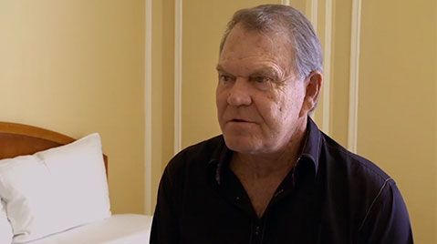 CBN TV - Music Legend Glen Campbell's Wife Kim Helps Him Say Goodbye