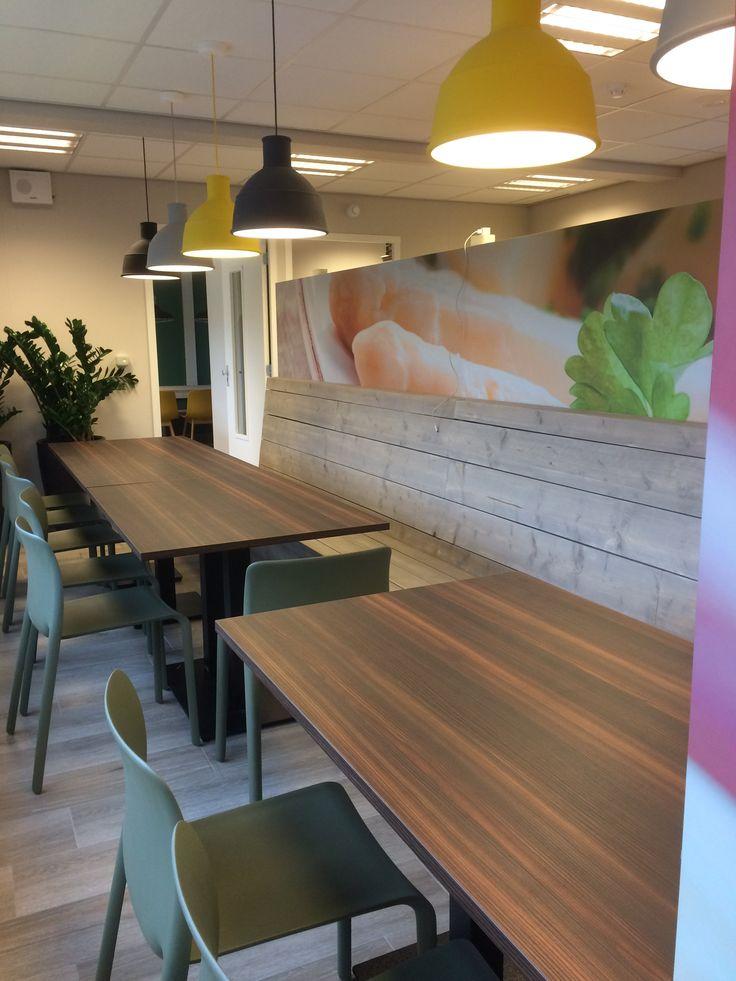 #kantine in Jumbo Panningen. stoelen #Magis lampen #Muuto . www.schaal1op1.com