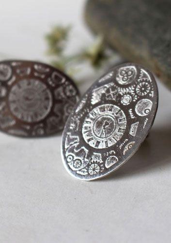 Boutons de manchette Jules, bijou engrenages steampunk en argent #boutonsdemanchette #julesvernes #horloge #steampunk #emmanuelleguyon #argent