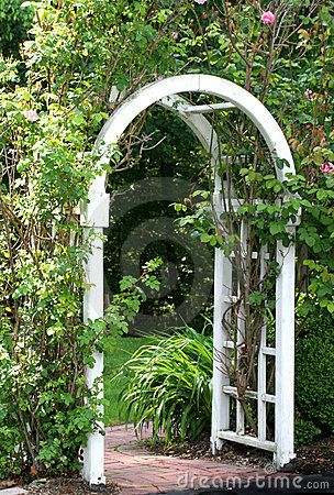 Die besten 25+ Garden arbor with gate Ideen auf Pinterest