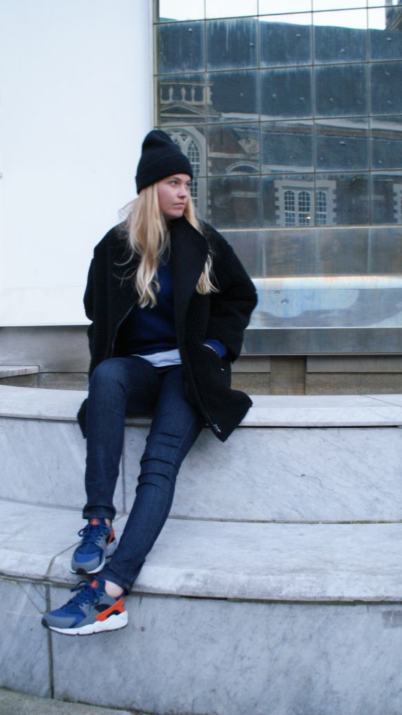 Nike air Huarache - streetstyle | Girl on Kicks | Pinterest | Nike Nike air and Nike huarache