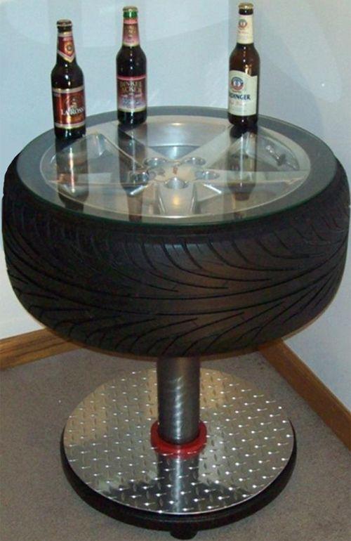 Mesita Bar hecha con un neumático