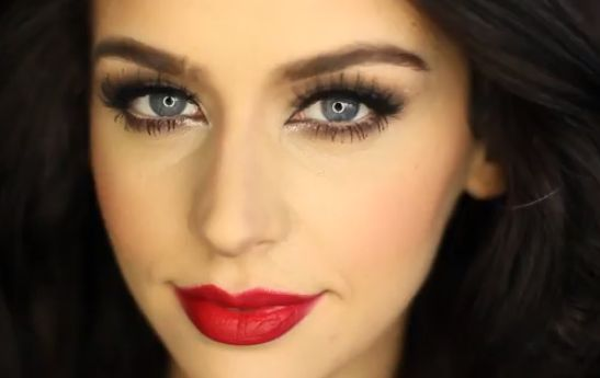 Romantic Matte Brown Smokey Eye Tutorial: http://karasglamourblog.blogspot.com/2014/02/romantic-matte-brown-smokey-eye-tutorial.html