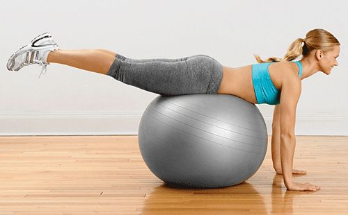 Happy Hammies: Dodge hamstring woes with multi-muscle exercises.Happy Hamstring, Exercies Lose, Hamstring Muscle, Runners World, Hamstring Exercies, Excercise Fit Health, Happy Hammy, Hamstring Exercise, Thighs Workout
