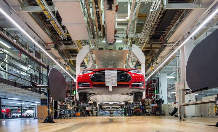Tesla obecnie produkuje 2 modele swoich samochodów, a fani jużchcieli by kolejne. W sieci powstały fajne modele Tesla Y oraz E. Warto to zobaczyć. #tesla #gigafactory #elonmusk