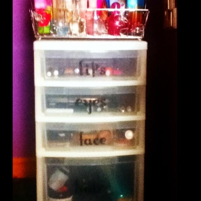 Makeup and hair organization :)