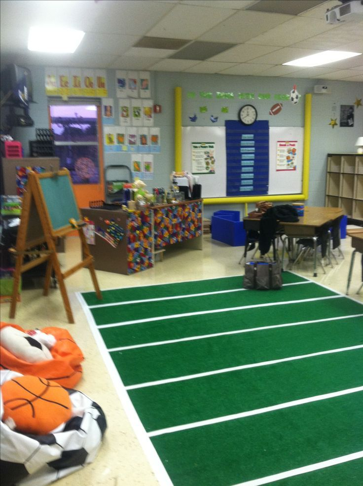 Sports themed classroom- Love the football uprights.... make from pool ...
