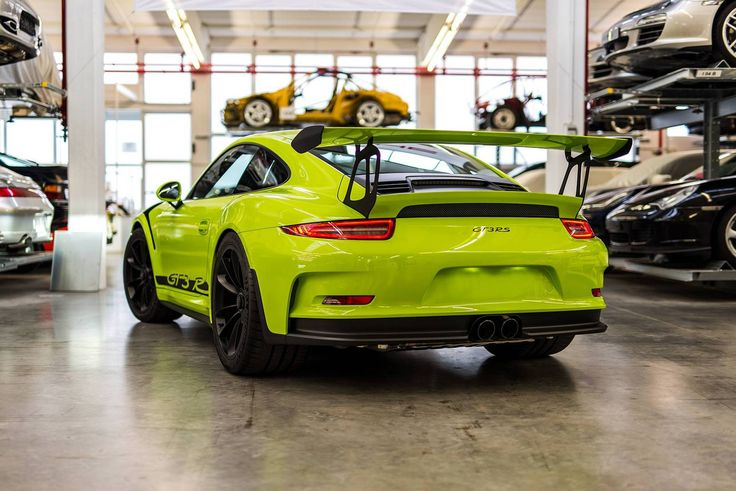 The #exclusive #2016_Porsche_911 #GT3_RS painted in Birch Green is really unique. Find more #automotive_news and #cars_for_sale on www.repokar.com.
