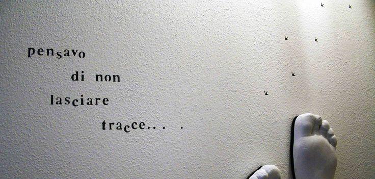 """""""pensavo di non lasciare tracce..."""" - wall decoration"""